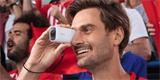Canon PowerShot Zoom vypadá jak z jiného světa. Špatný ale rozhodně není