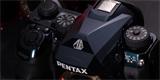 Pentax K-1 II J Limited – plnoformátová zrcadlovka bude v různobarevném provedení pouze v Japonsku